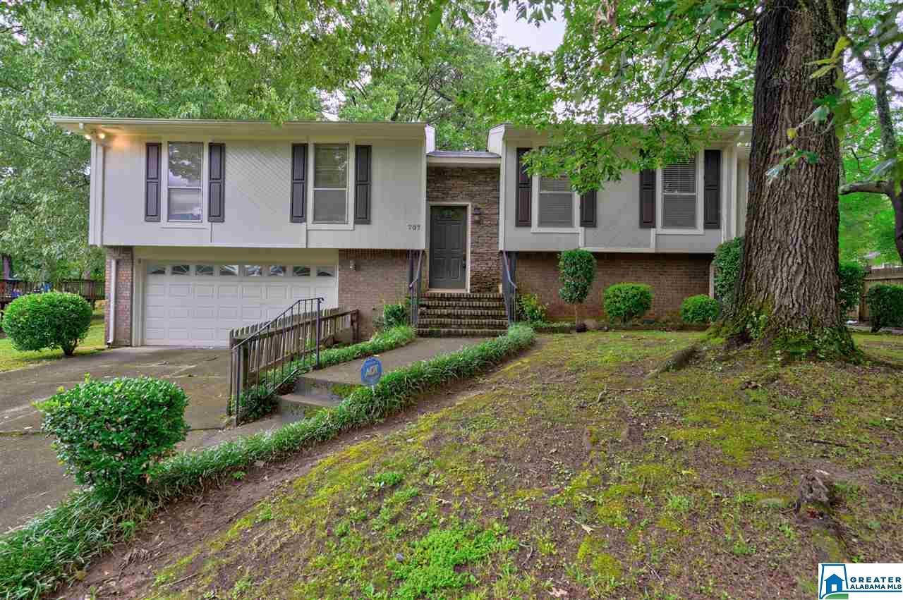707 YELLOWBIRD LN, Bessemer, AL 35023 - MLS#: 887973
