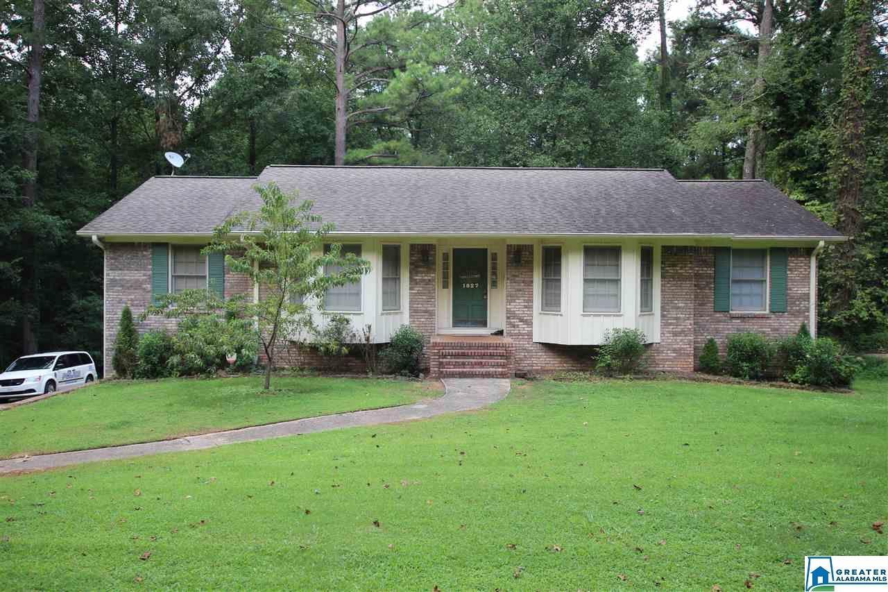 1827 POPLAR DR, Gardendale, AL 35071 - MLS#: 890130