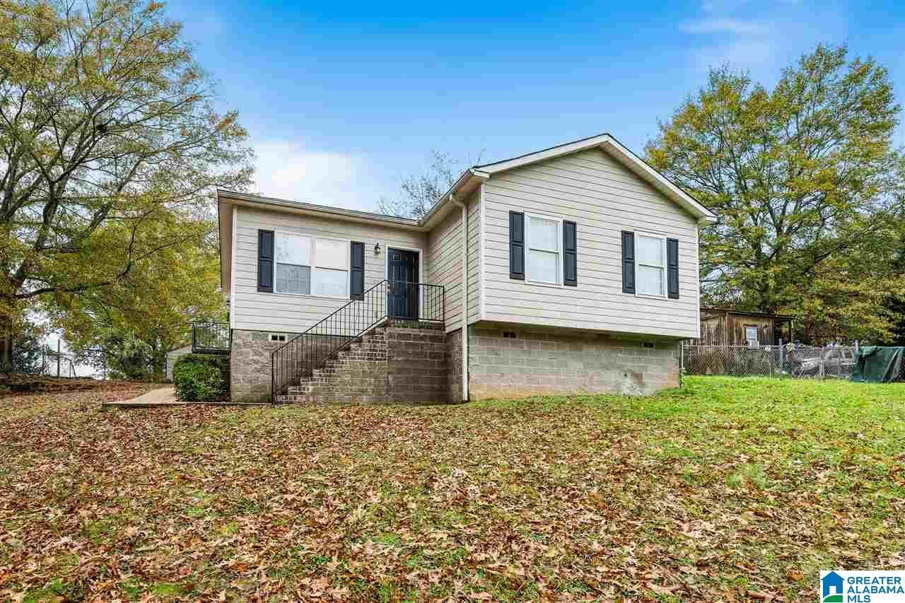 100 BLACK AVE, Bessemer, AL 35020 - MLS#: 1270171