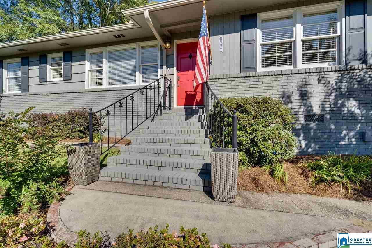 1860 SOUTHWOOD RD, Vestavia Hills, AL 35216 - MLS#: 898314