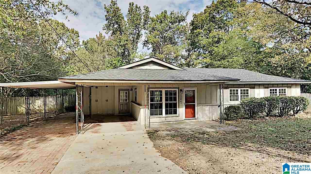 2204 ROCKY RIDGE RD, Hoover, AL 35216 - MLS#: 900627