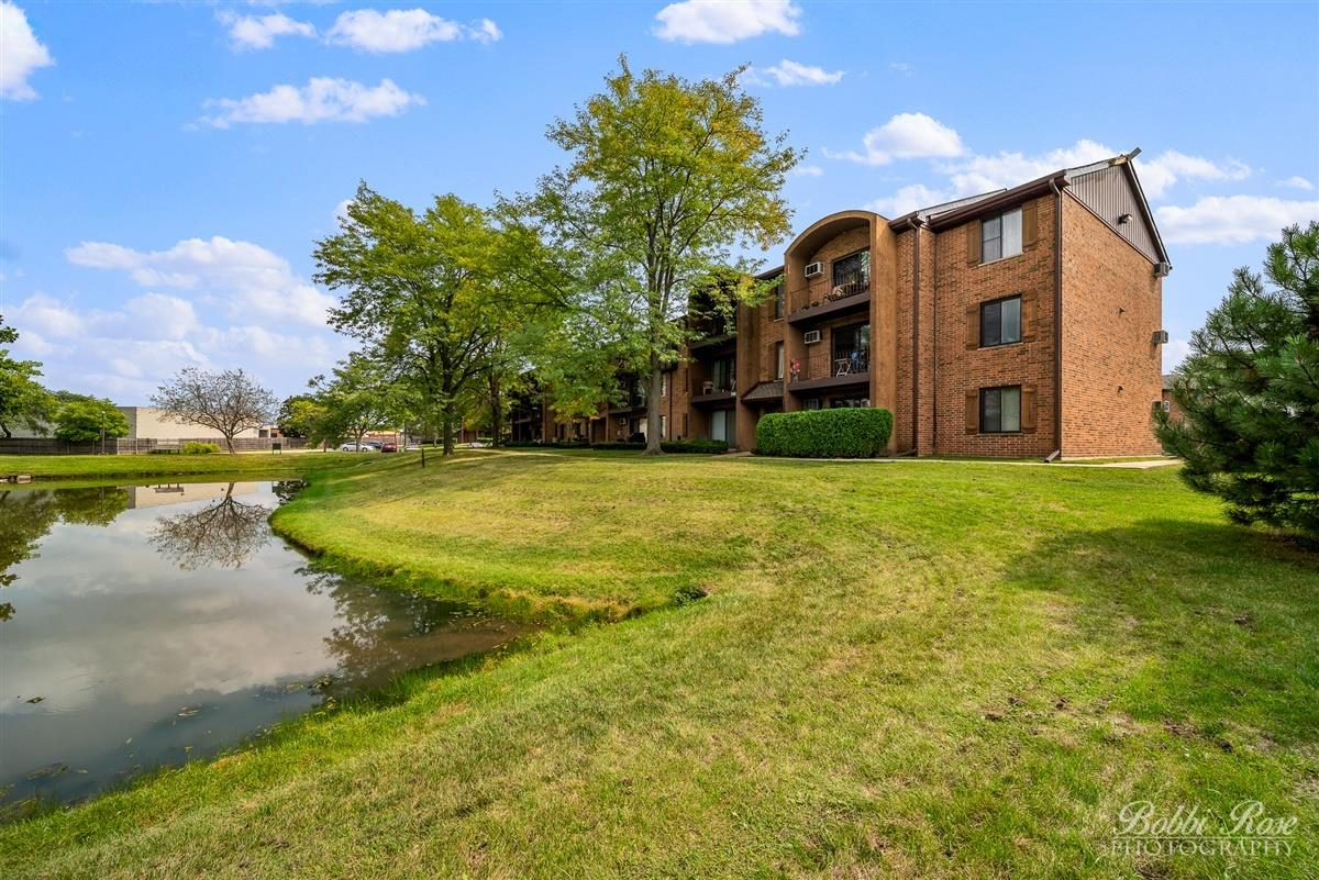 748 N Briar Hill Lane #2, Addison, IL 60101 - #: 10859011