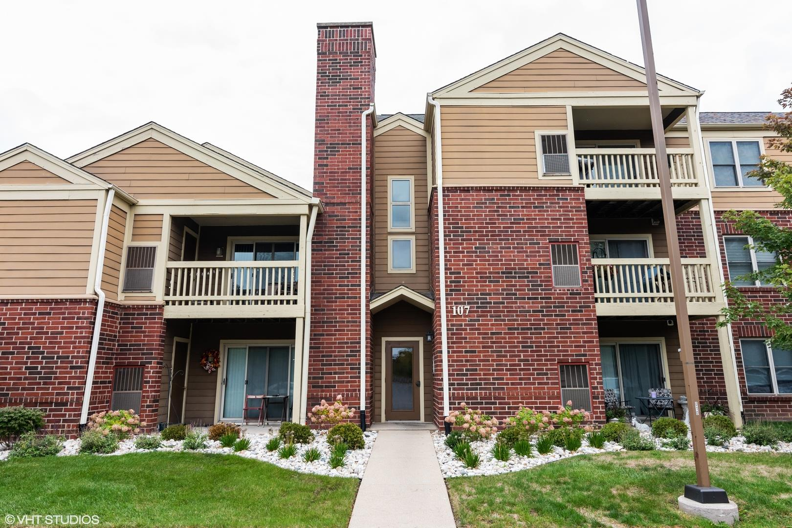107 Glengarry Drive #304, Bloomingdale, IL 60108 - #: 10892016