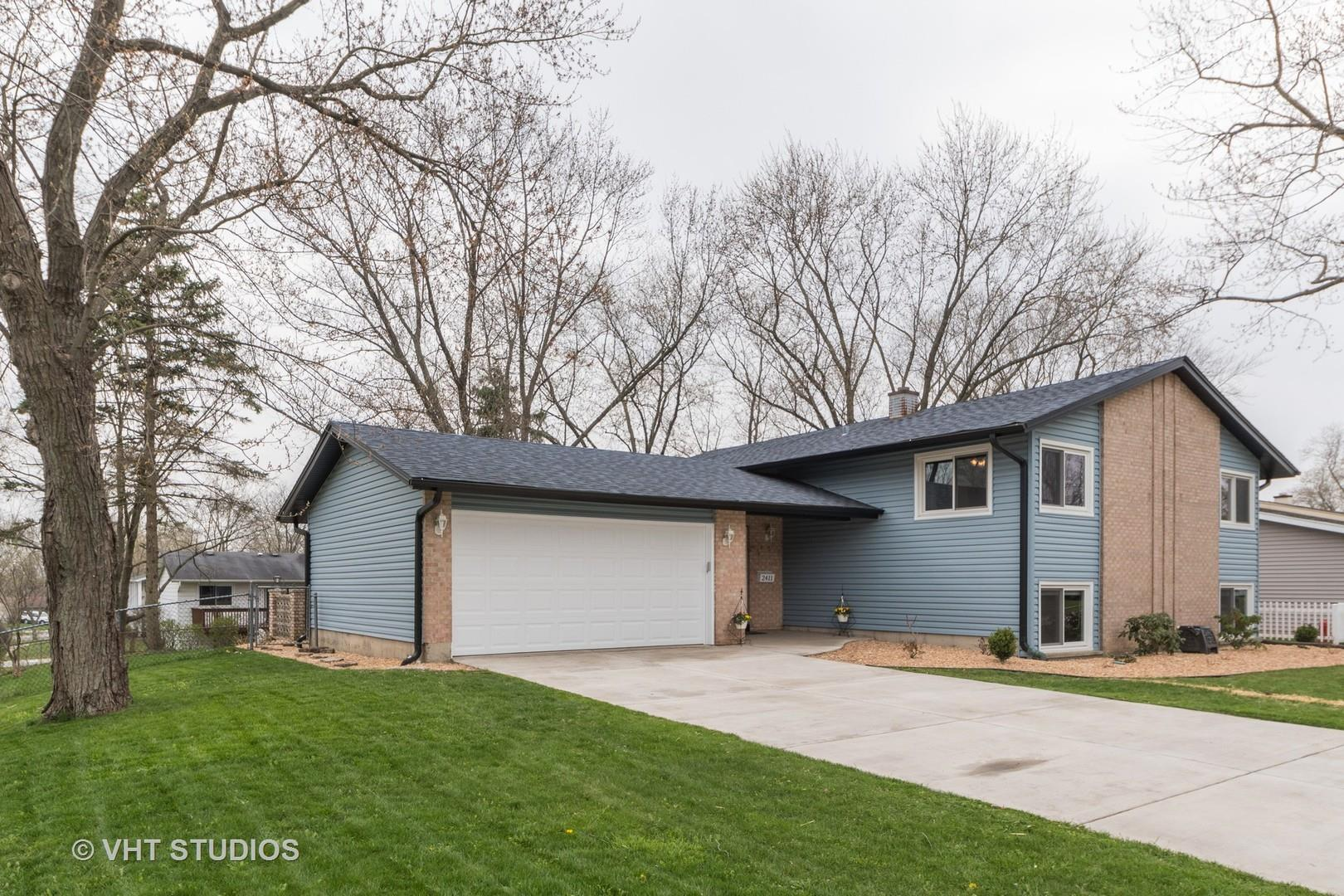 2411 59TH Street, Woodridge, IL 60517 - #: 10698017