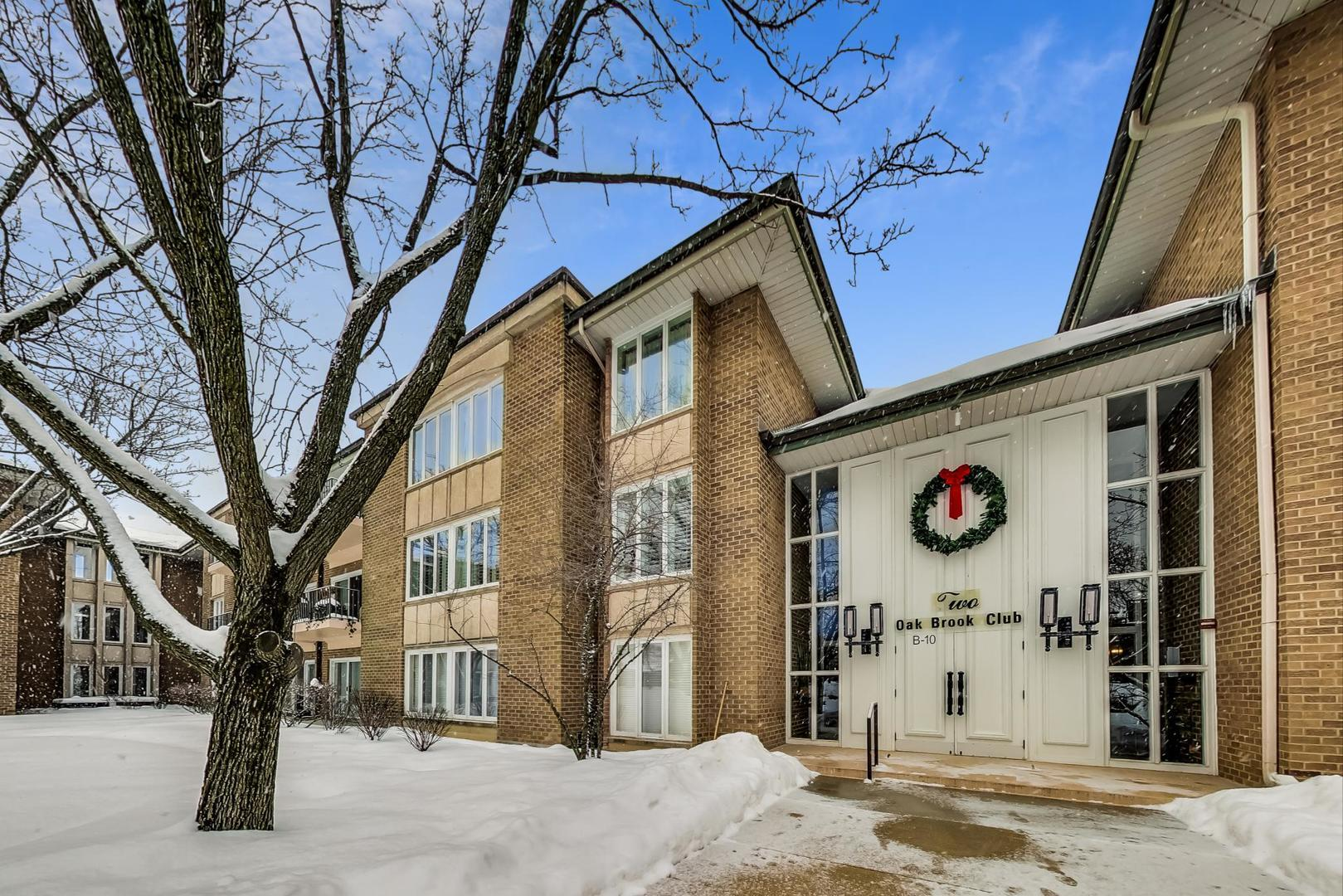 2 Oak Brook Club Drive #C110, Oak Brook, IL 60523 - #: 10995019
