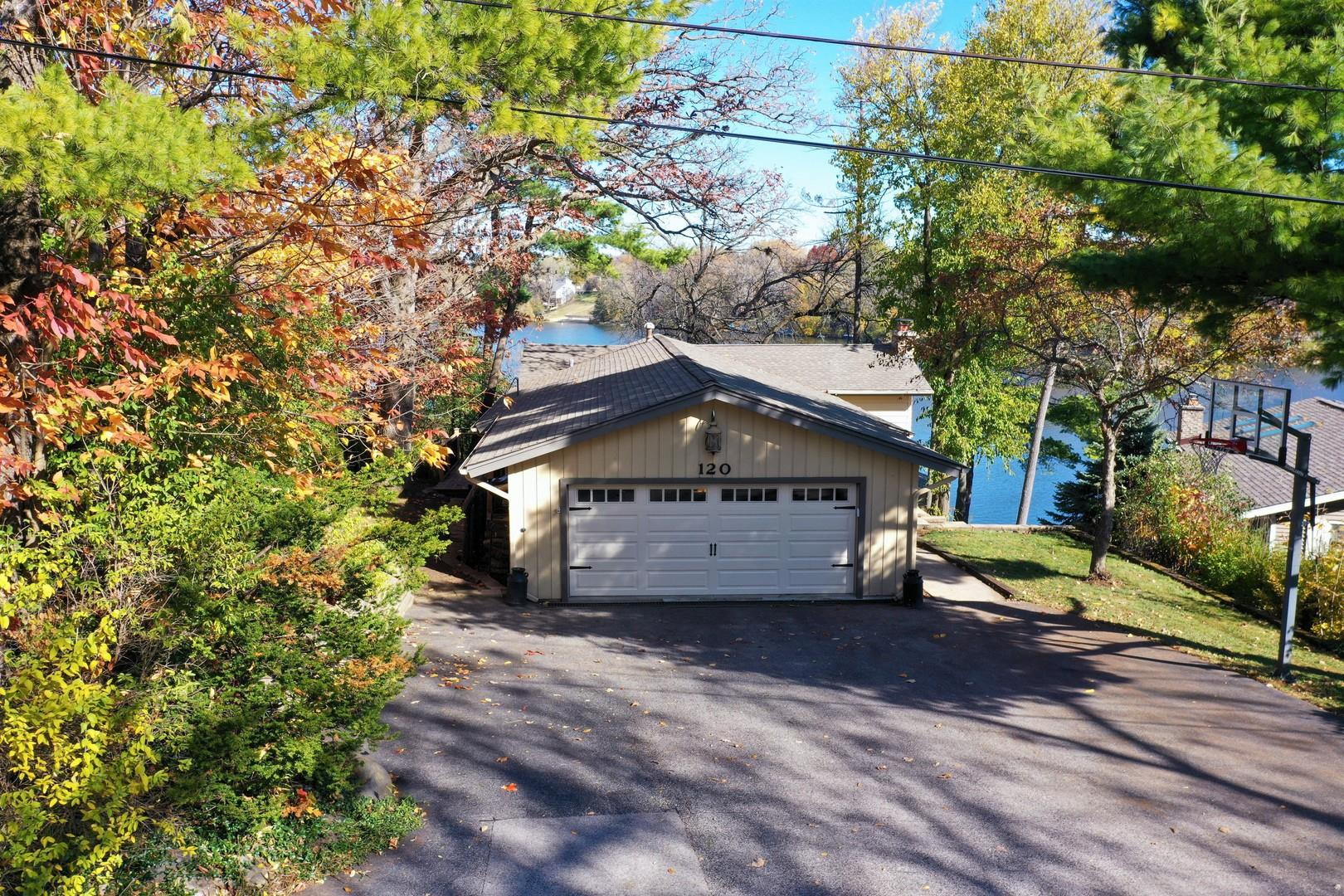 120 Hickory Road, Lake in the Hills, IL 60156 - #: 10948020