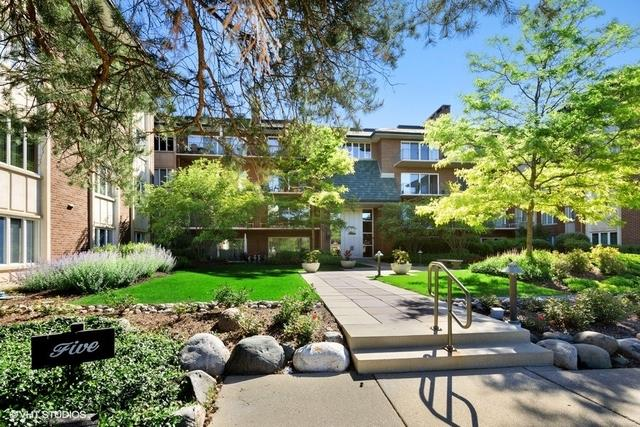 5 Oak Brook Club Drive #P4S, Oak Brook, IL 60523 - #: 10765021