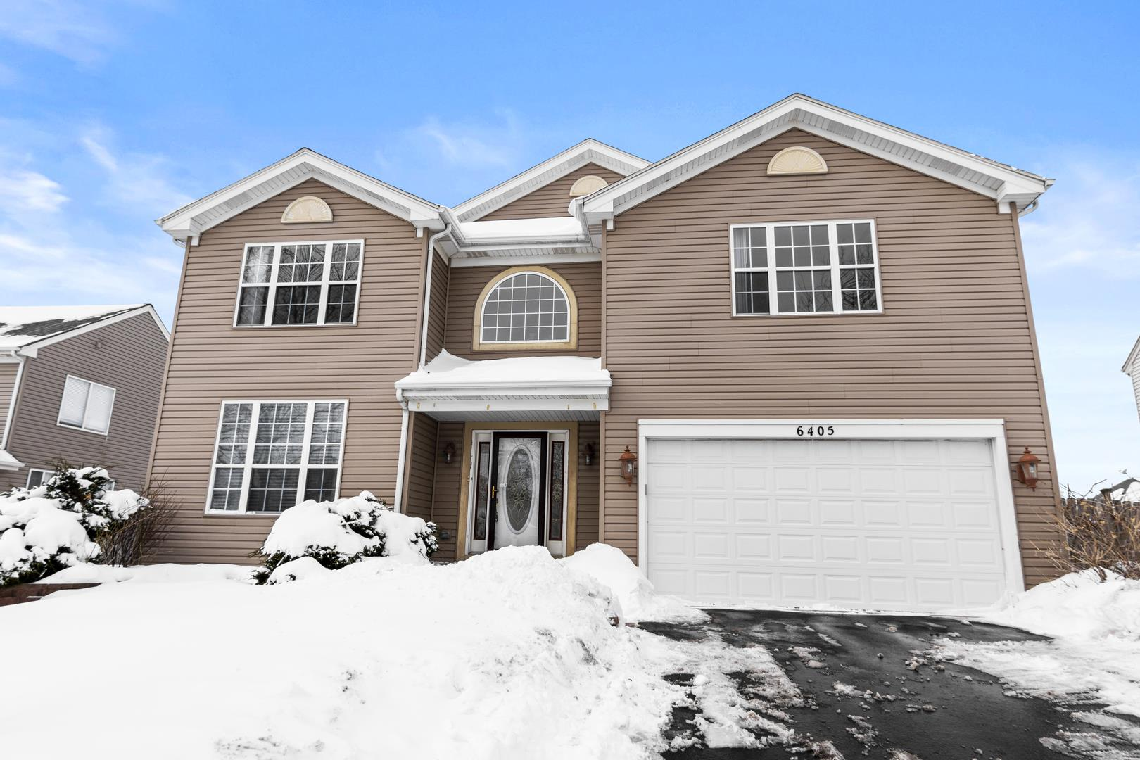 6405 Grassmere Lane, Carpentersville, IL 60110 - #: 10989021