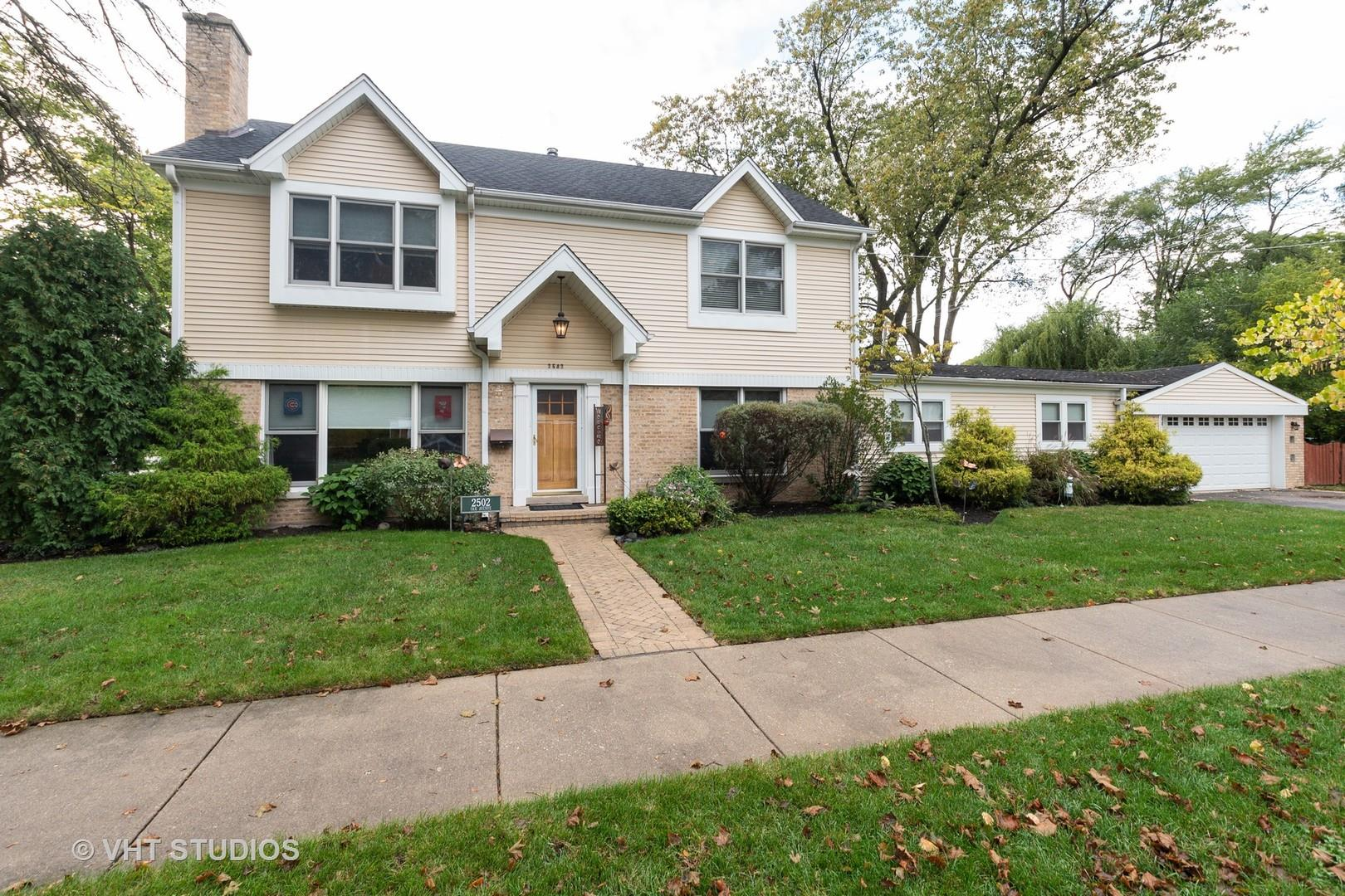 2502 Oak Avenue, Northbrook, IL 60062 - #: 10877026