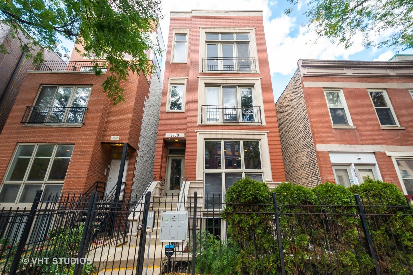 1920 W Diversey Parkway #3, Chicago, IL 60614 - #: 10889030