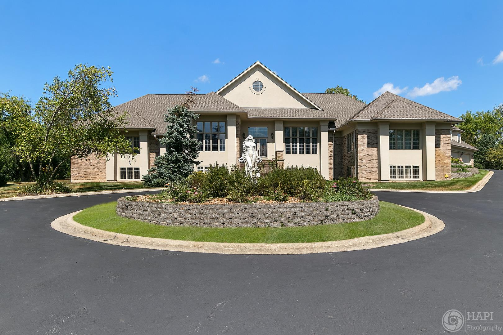 8 Trenton Court, South Barrington, IL 60010 - #: 10939030