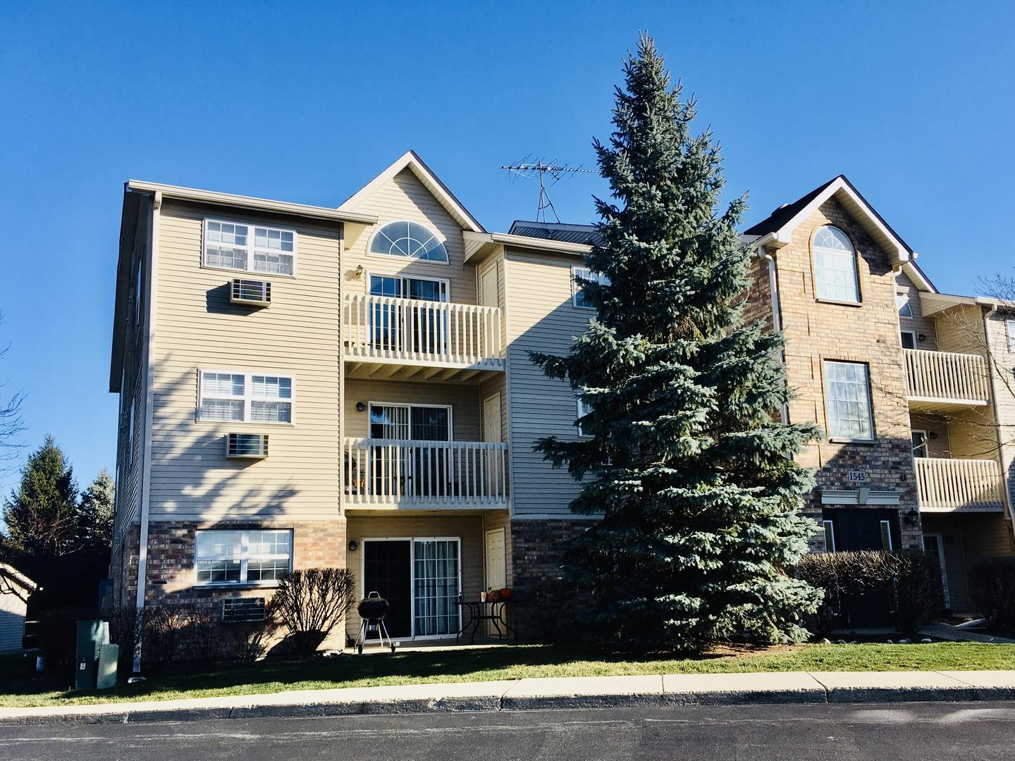 1545 W CRYSTAL ROCK Court #3A, Round Lake Beach, IL 60073 - #: 11000033