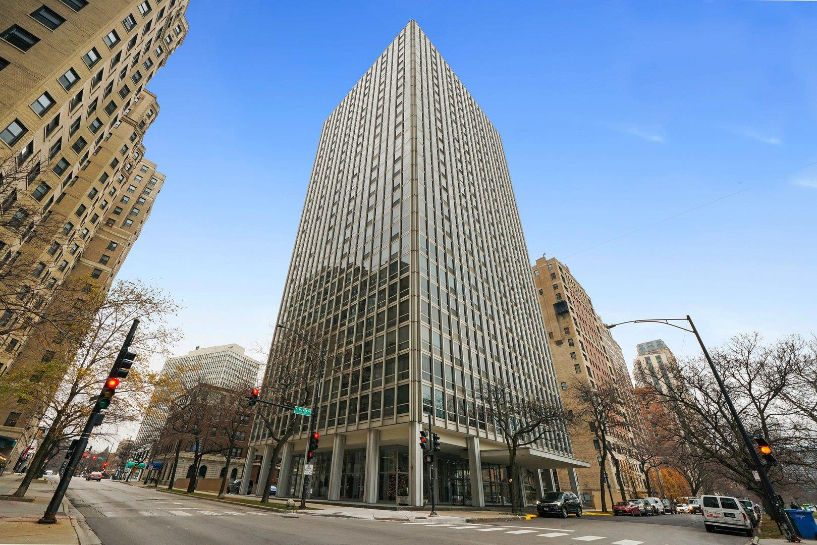 2400 N Lakeview Avenue #1705, Chicago, IL 60614 - #: 10950037