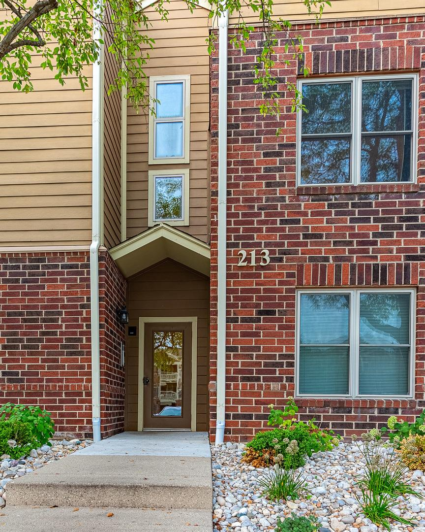 213 GLENGARRY Drive #211, Bloomingdale, IL 60108 - #: 10861039