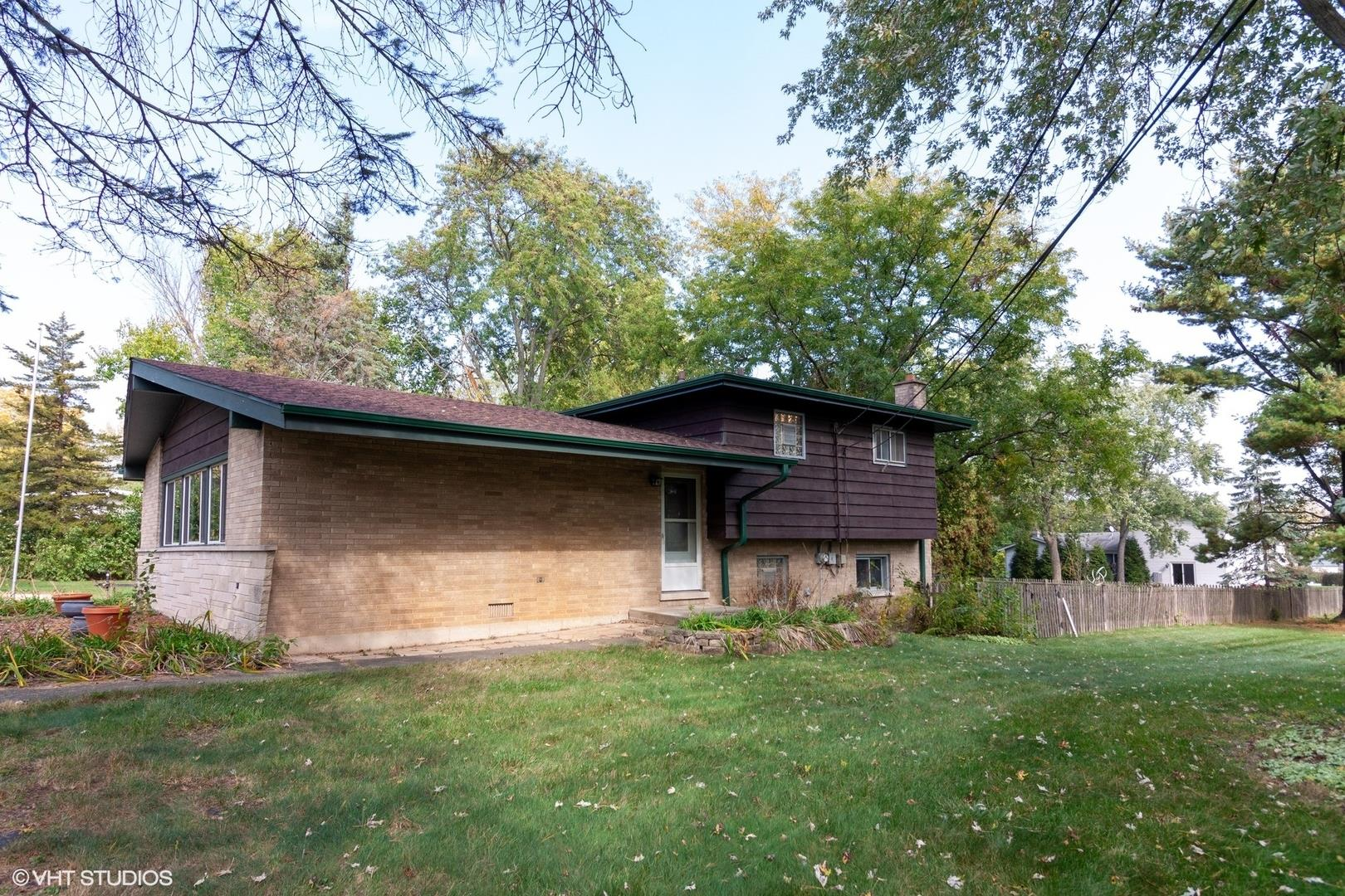 2N629 Jefferson Street, West Chicago, IL 60185 - #: 10904041
