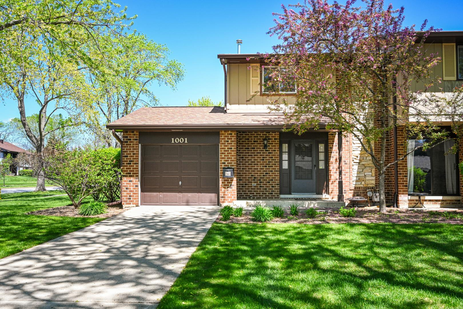 1001 Whitchurch Court, Wheaton, IL 60189 - #: 11078045