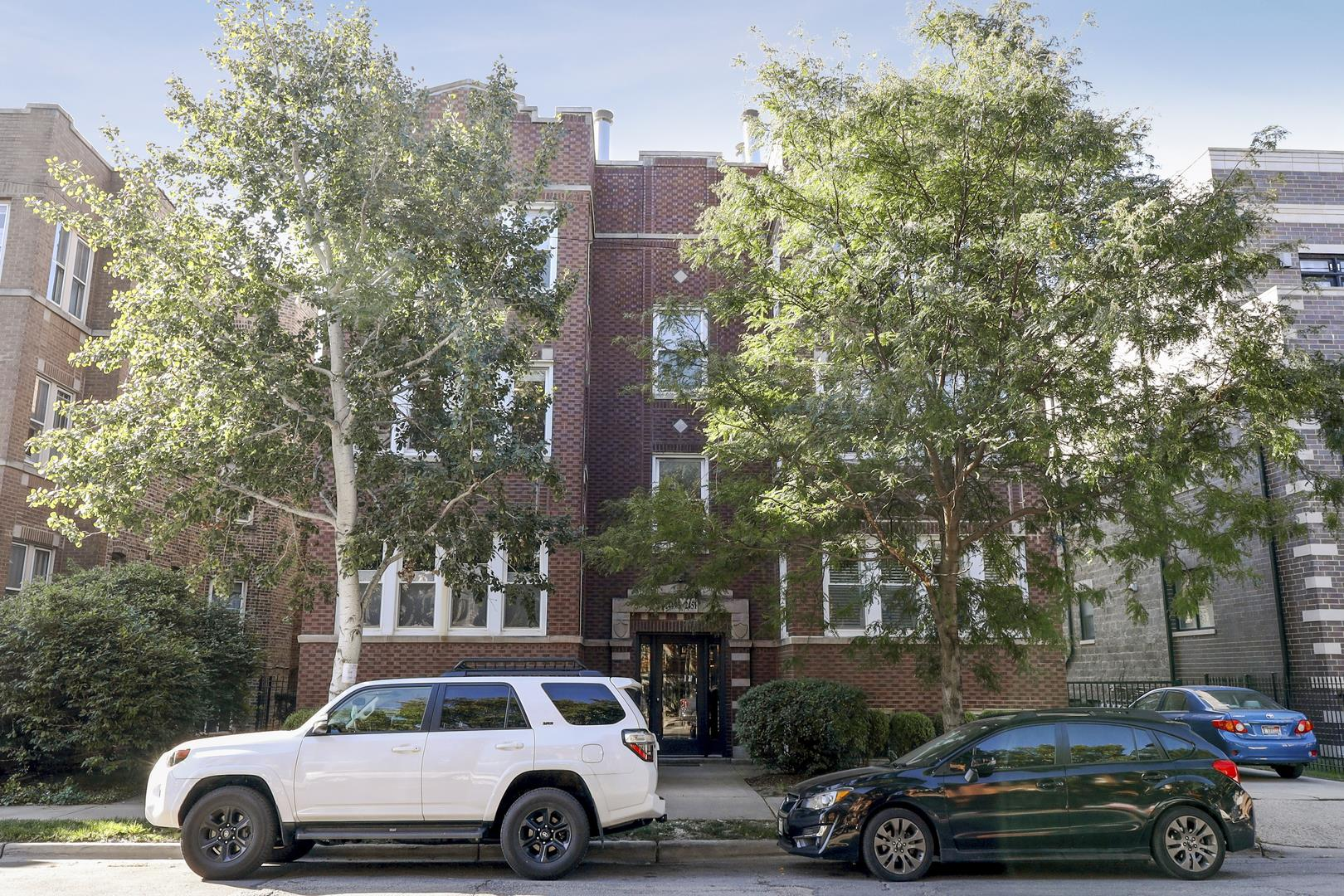2449 W FOSTER Avenue #2, Chicago, IL 60625 - #: 10878047