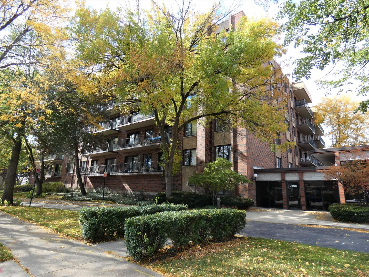 9558 Gross Point Road #302A, Skokie, IL 60076 - #: 10913051