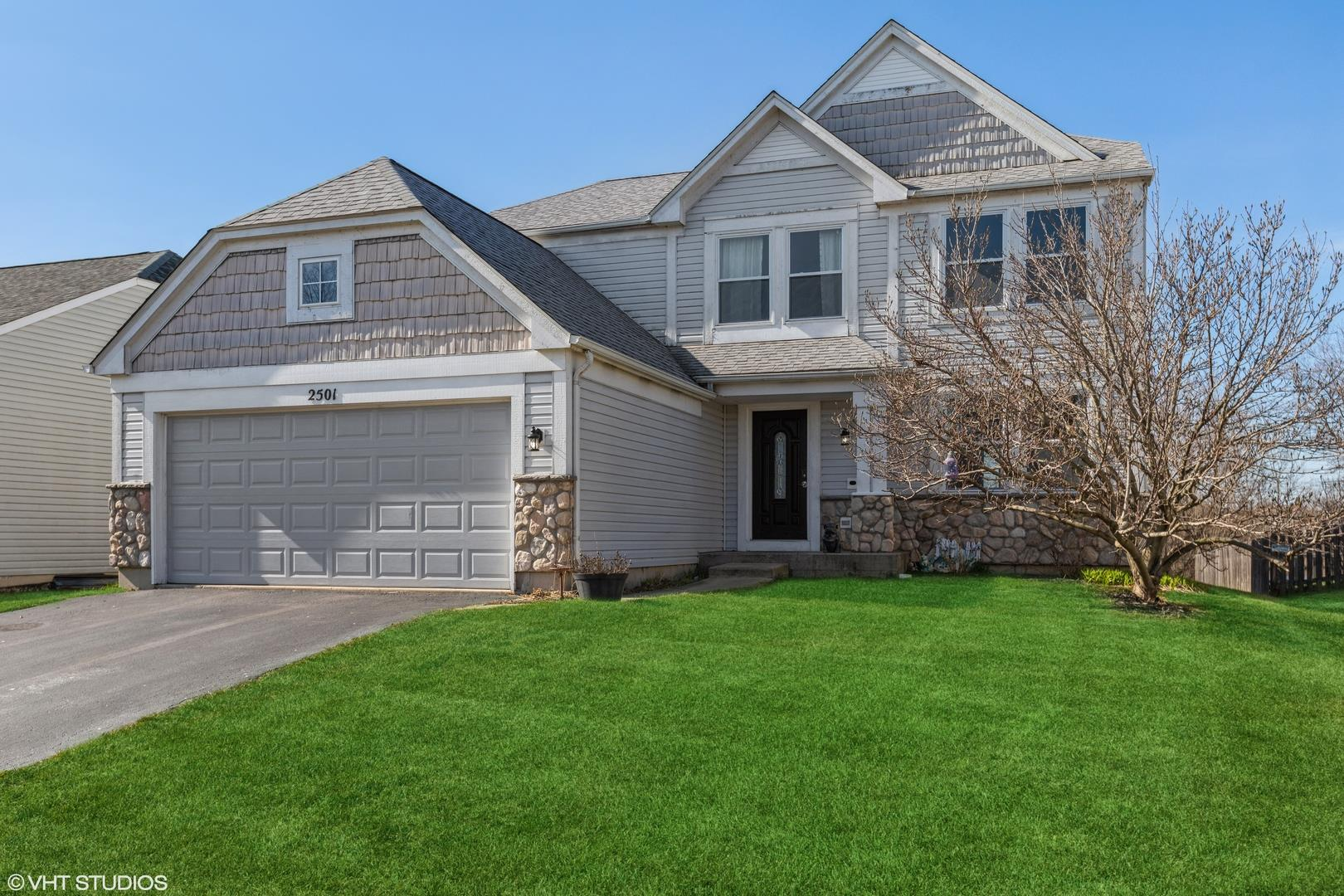 2501 Stanton Circle, Lake in the Hills, IL 60156 - #: 11045053
