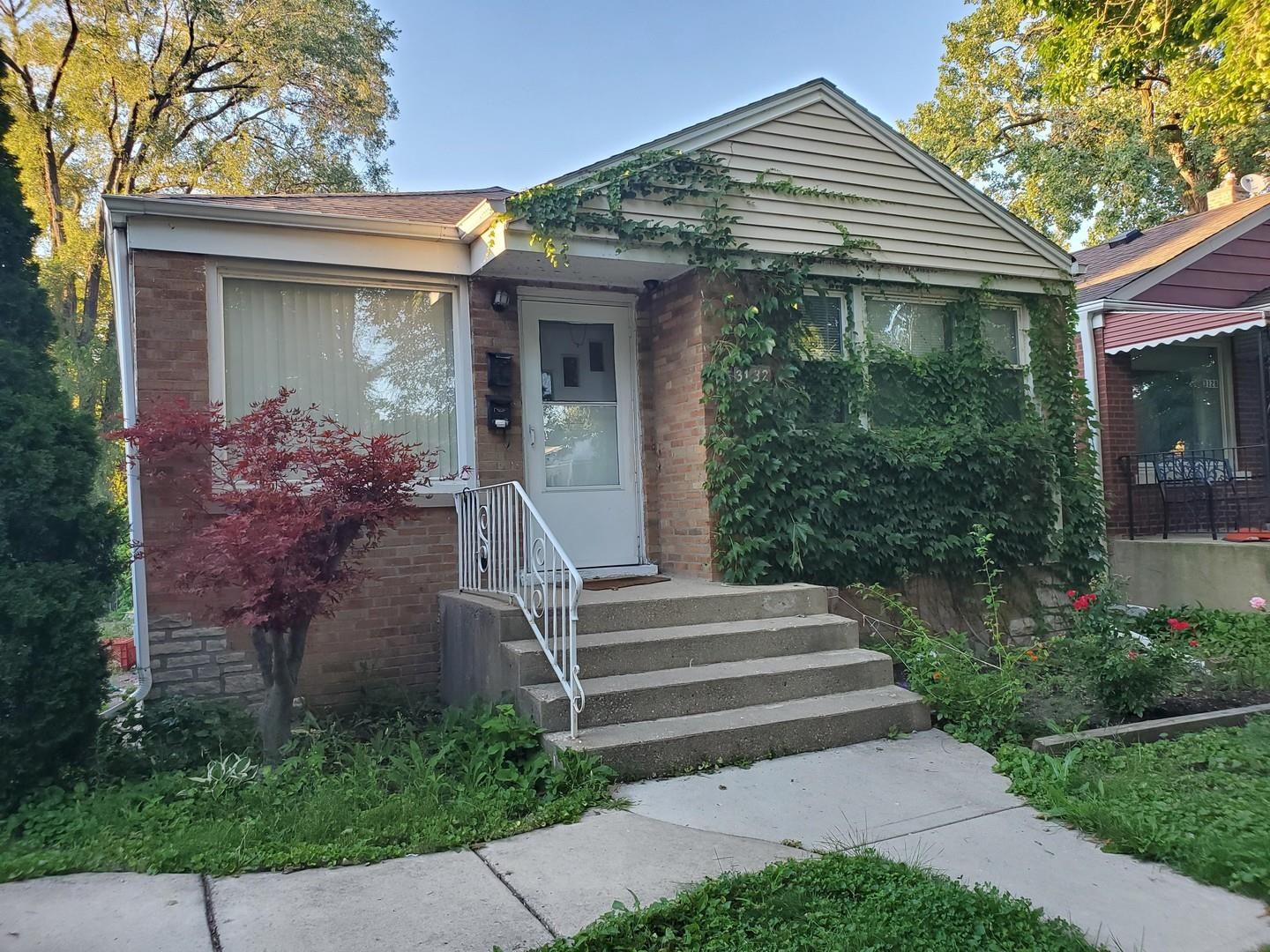 3132 W Jerome Street, Chicago, IL 60645 - #: 10819061