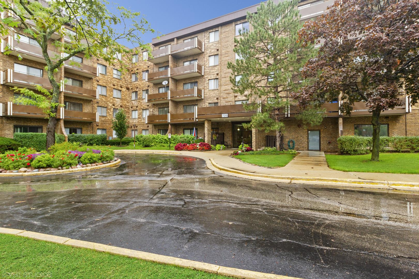 720 Wellington Avenue #212, Elk Grove Village, IL 60007 - #: 10906063