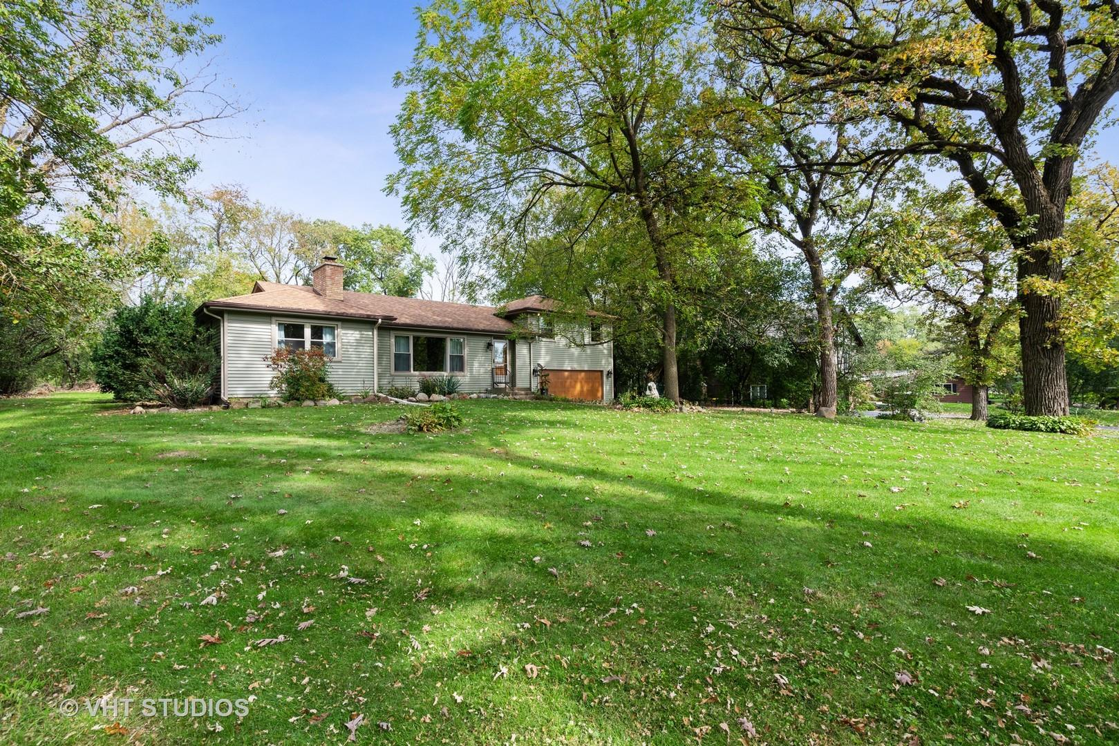 7404 CHESTERFIELD Road, Crystal Lake, IL 60012 - #: 10548064