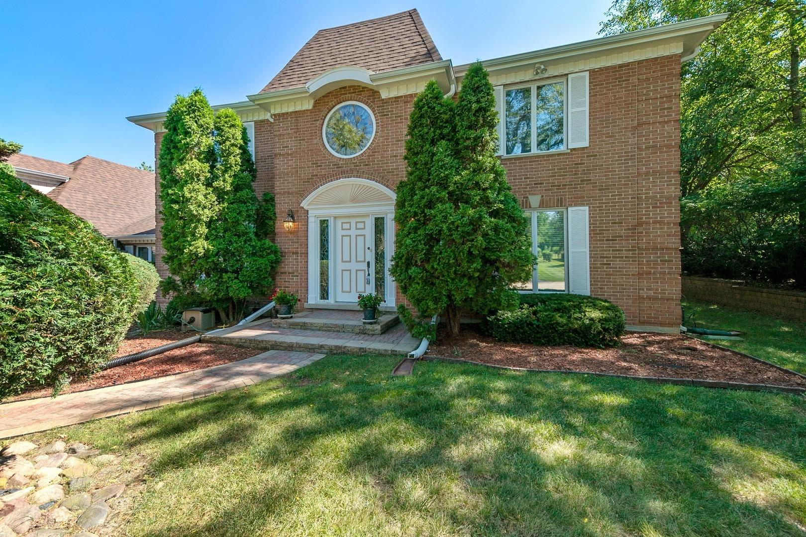 49 Cambridge Drive, Oak Brook, IL 60523 - #: 10863065