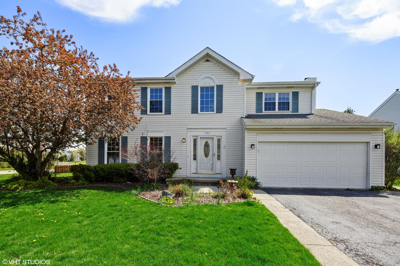 1797 Woodhaven Drive, Crystal Lake, IL 60014 - #: 10704067
