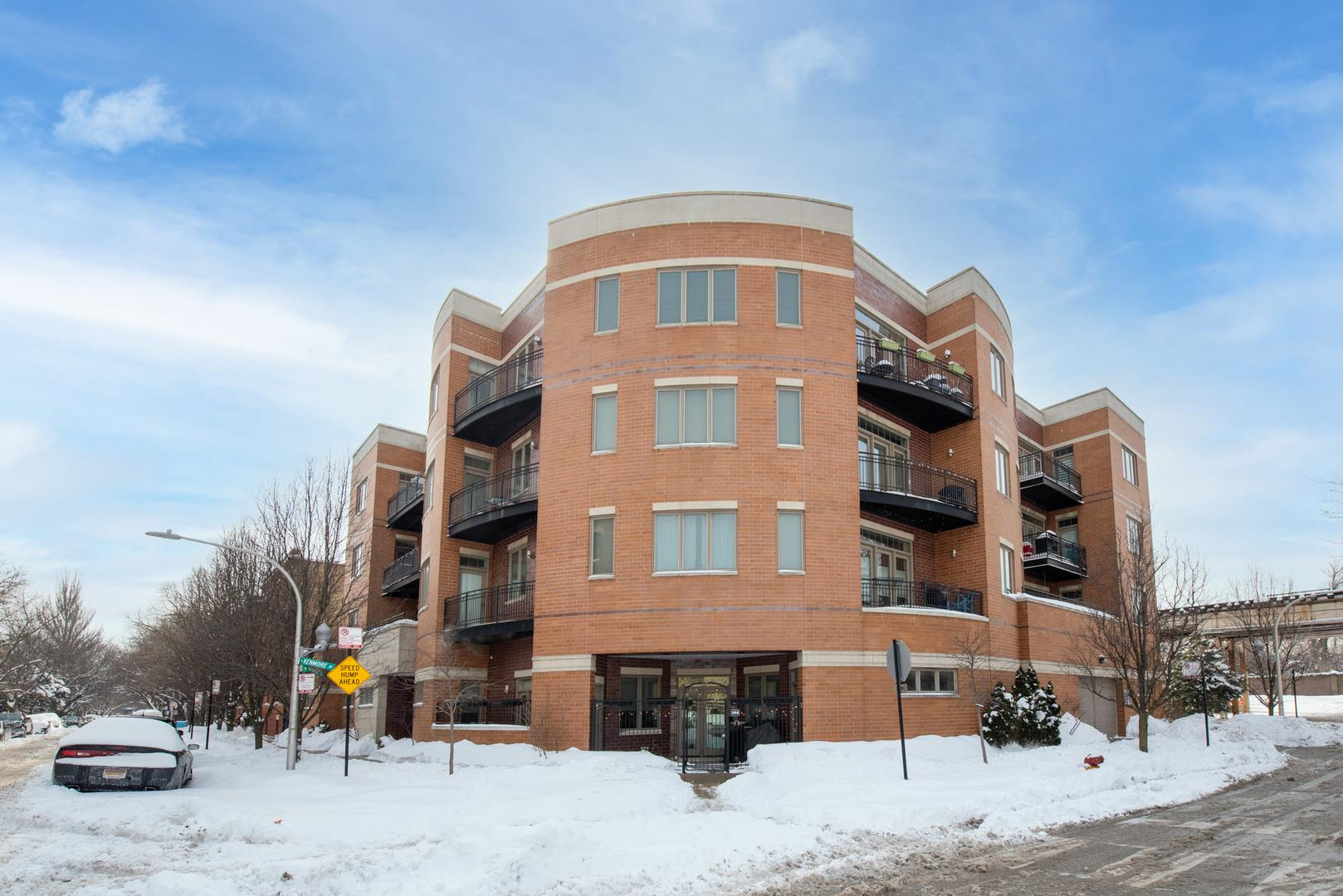 4150 N Kenmore Avenue #302, Chicago, IL 60613 - #: 11000069