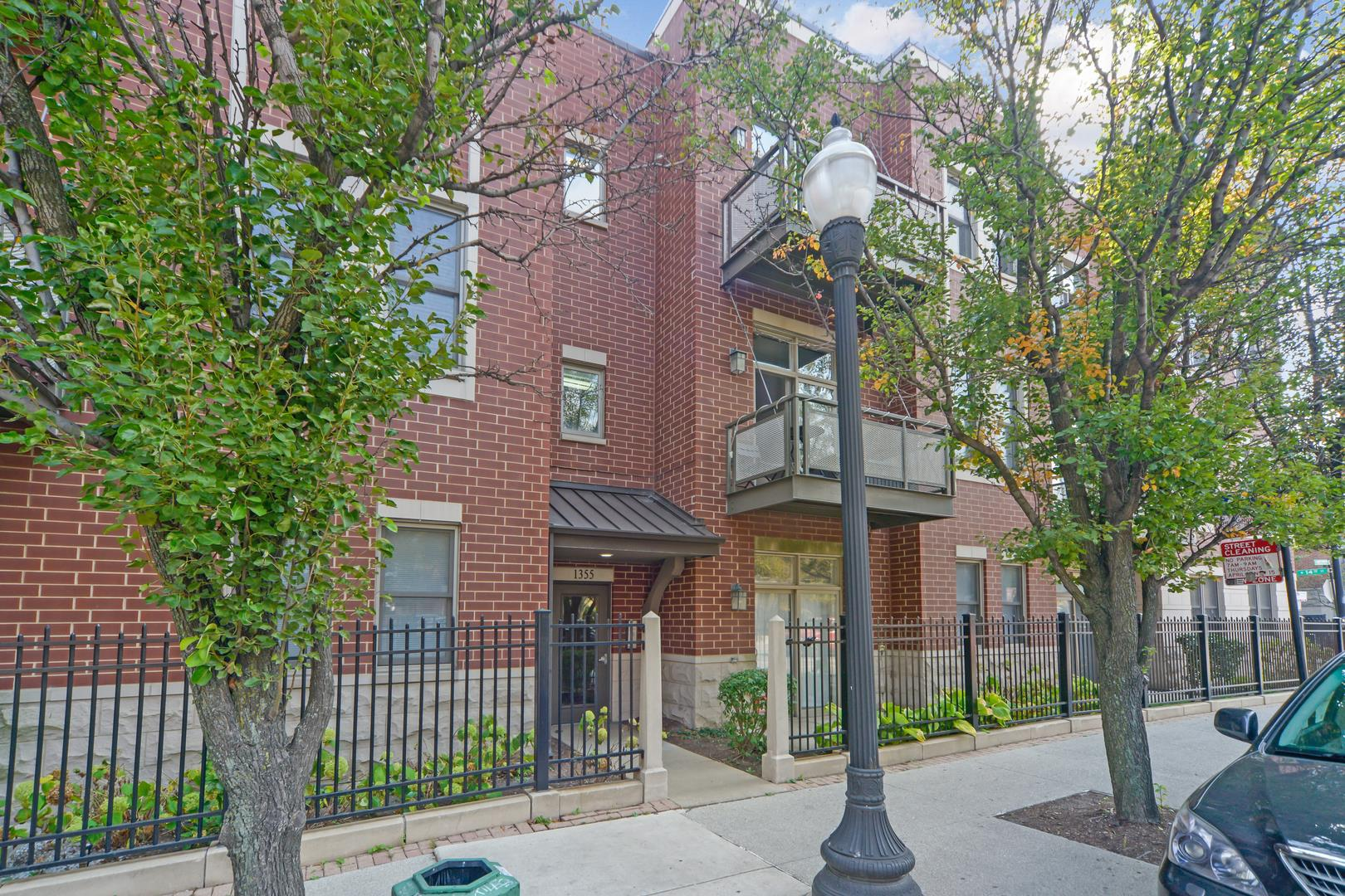 1355 S HALSTED Street #111, Chicago, IL 60607 - #: 10907079