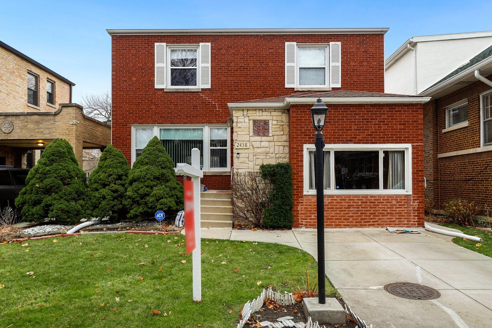 2438 W Morse Avenue, Chicago, IL 60645 - #: 10937080