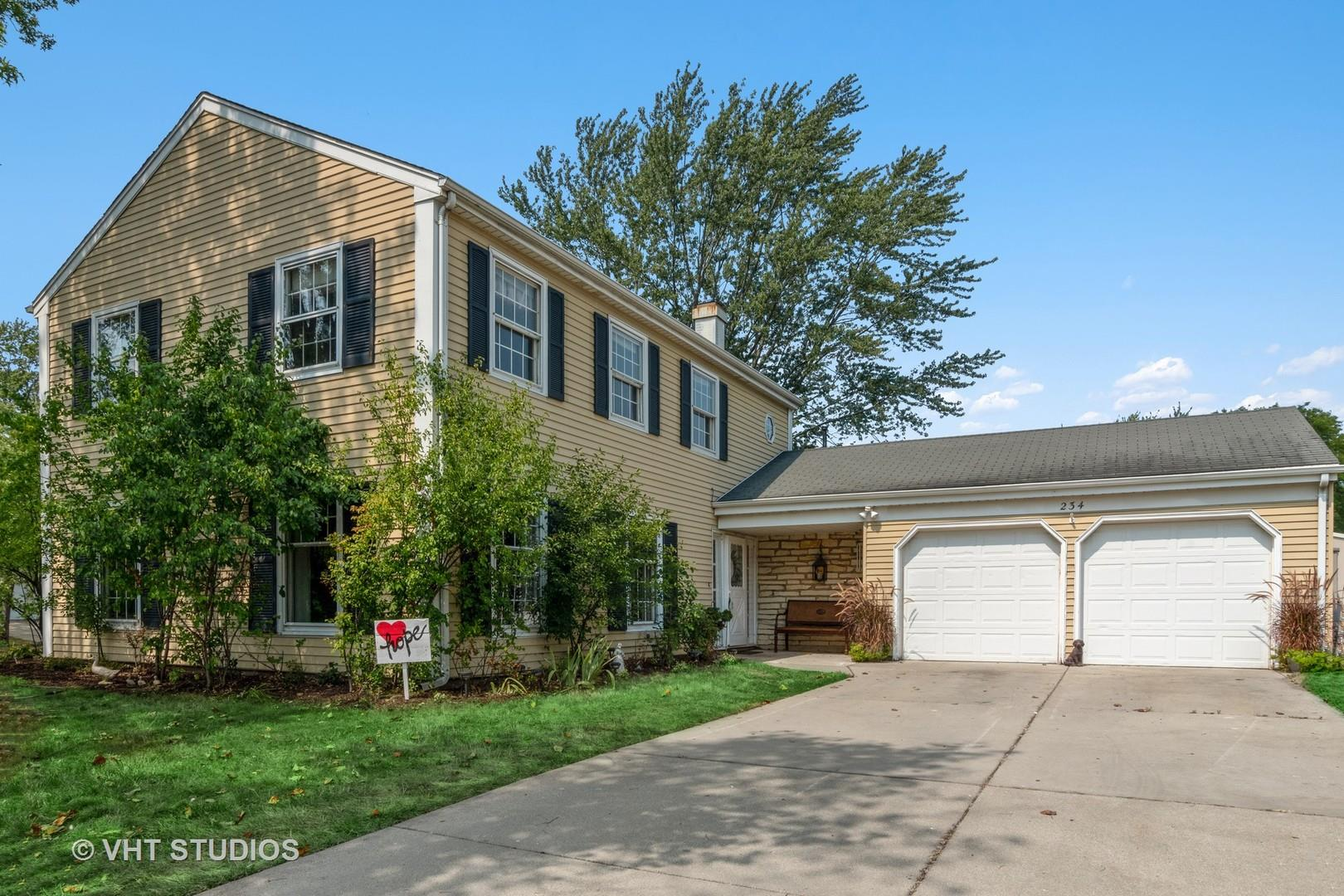 23W234 Edgewood Court, Glen Ellyn, IL 60137 - #: 10830083