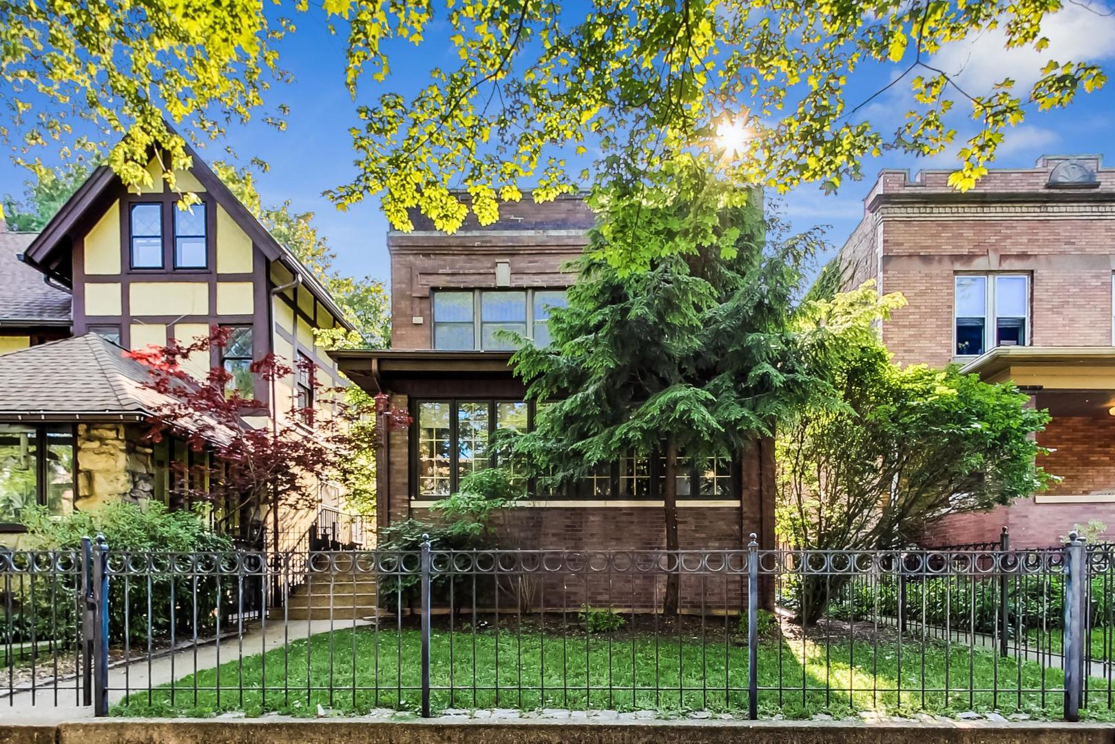 4716 N DOVER Street, Chicago, IL 60640 - #: 10896084