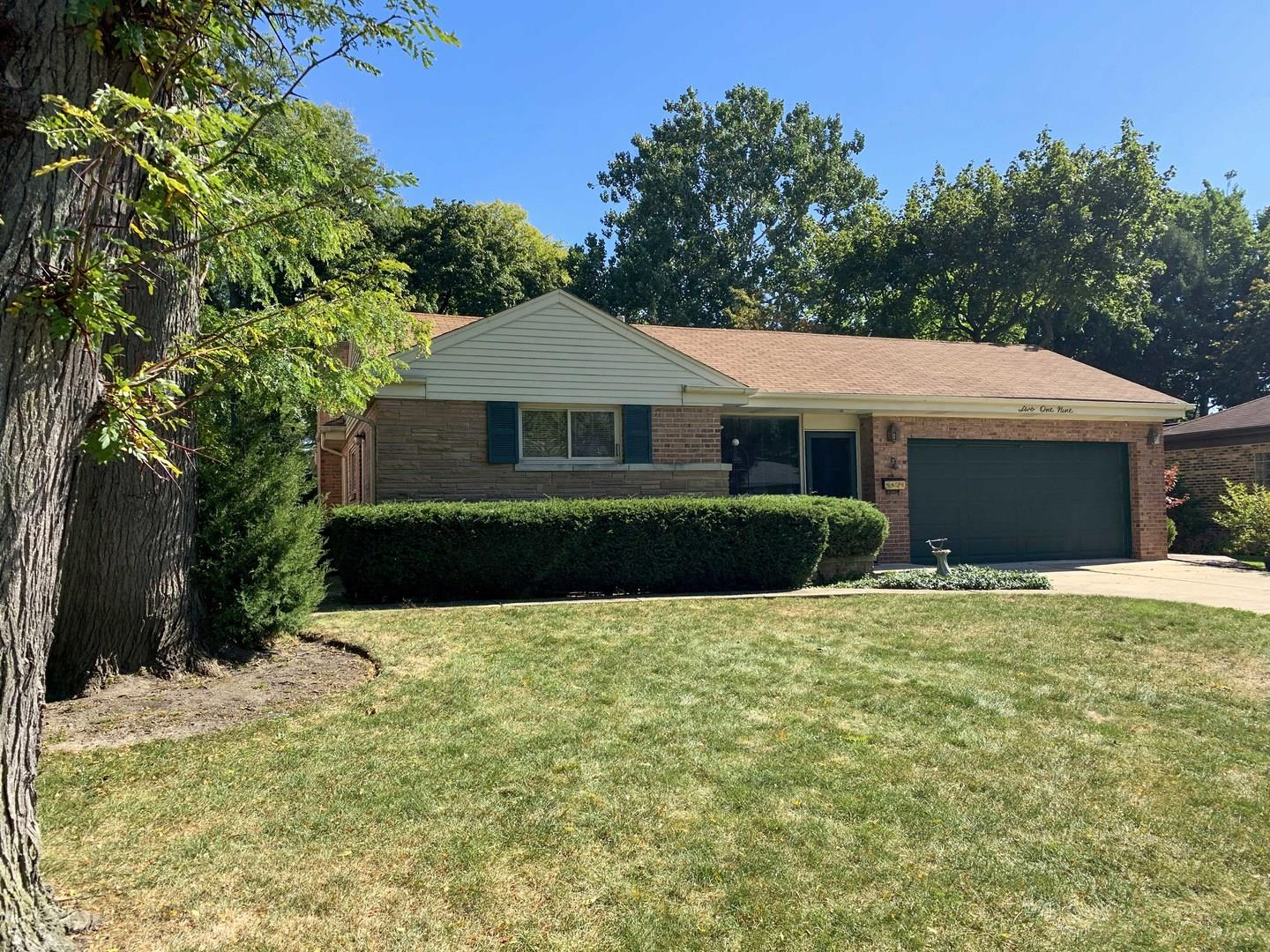 219 N Beverly Lane, Arlington Heights, IL 60004 - #: 10896087