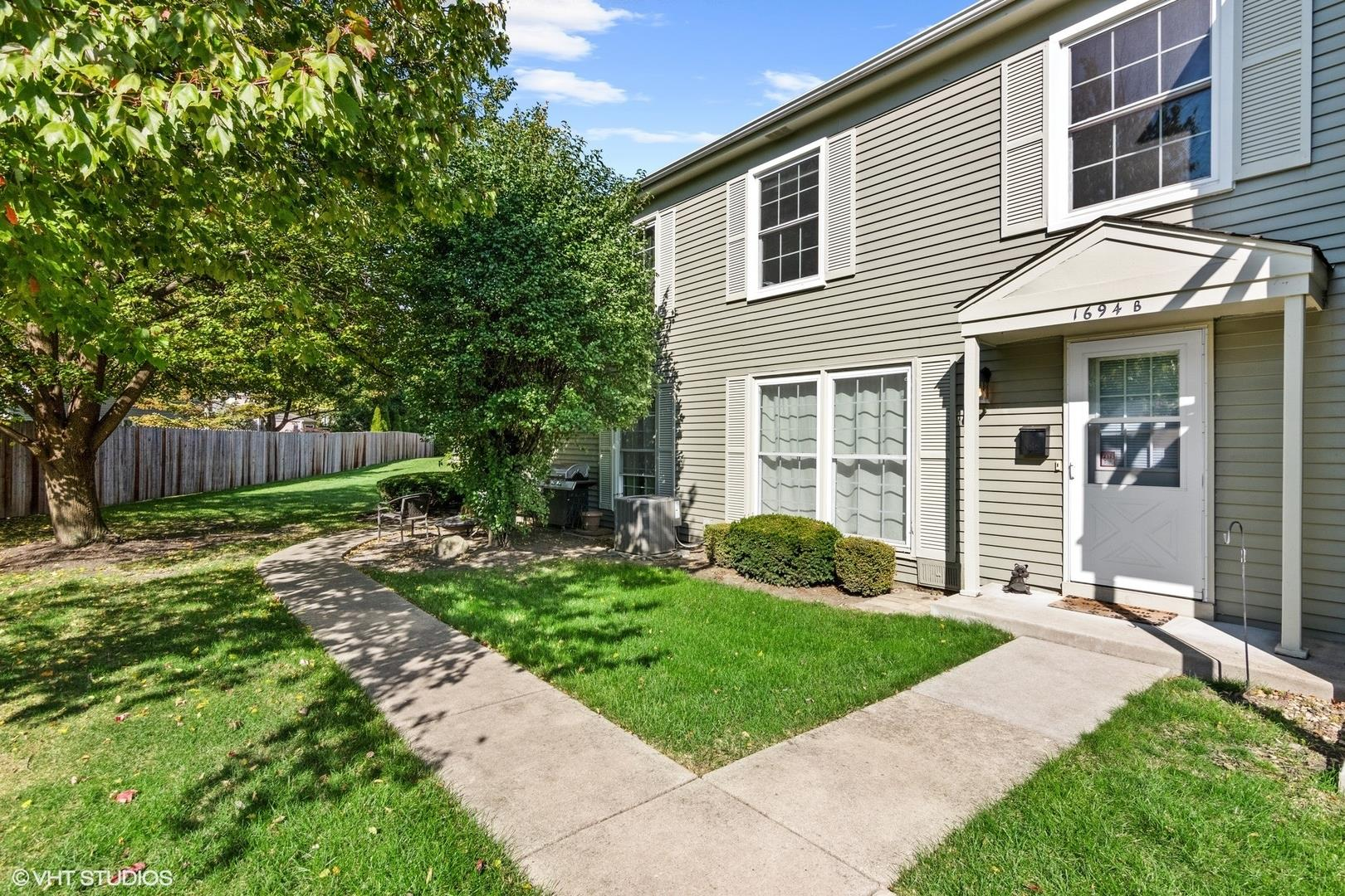 1694 Valley Forge Court #B, Wheaton, IL 60187 - #: 10904091
