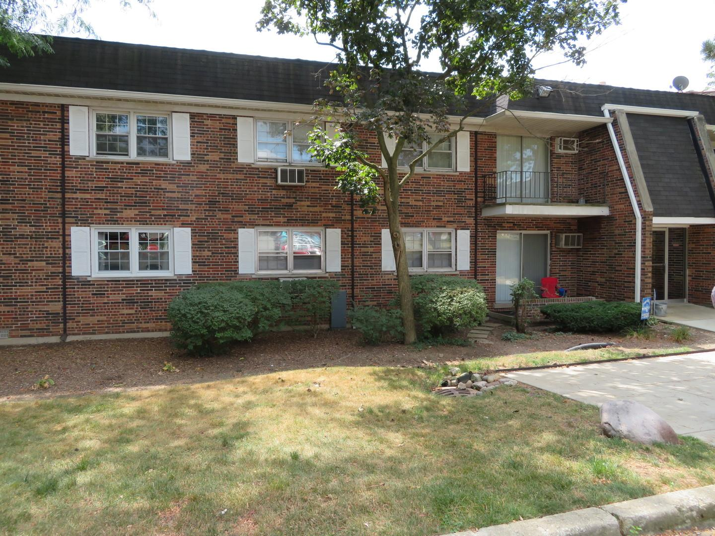 2327 Ogden Avenue #9, Downers Grove, IL 60515 - #: 10855094