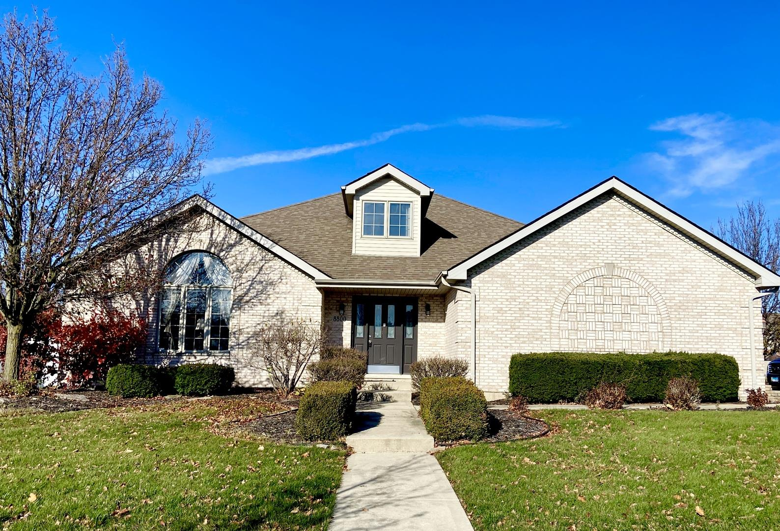 8800 Timbers Pointe Drive, Tinley Park, IL 60487 - #: 10936095