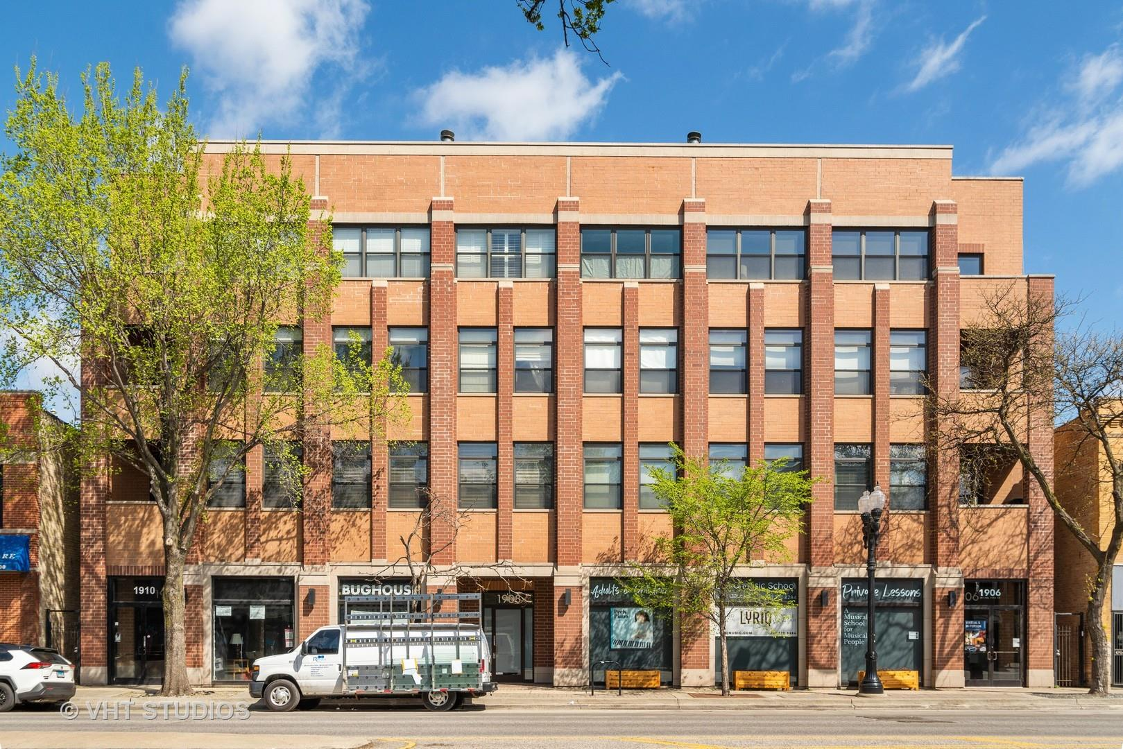 1908 W Irving Park Road #304, Chicago, IL 60613 - #: 11053098
