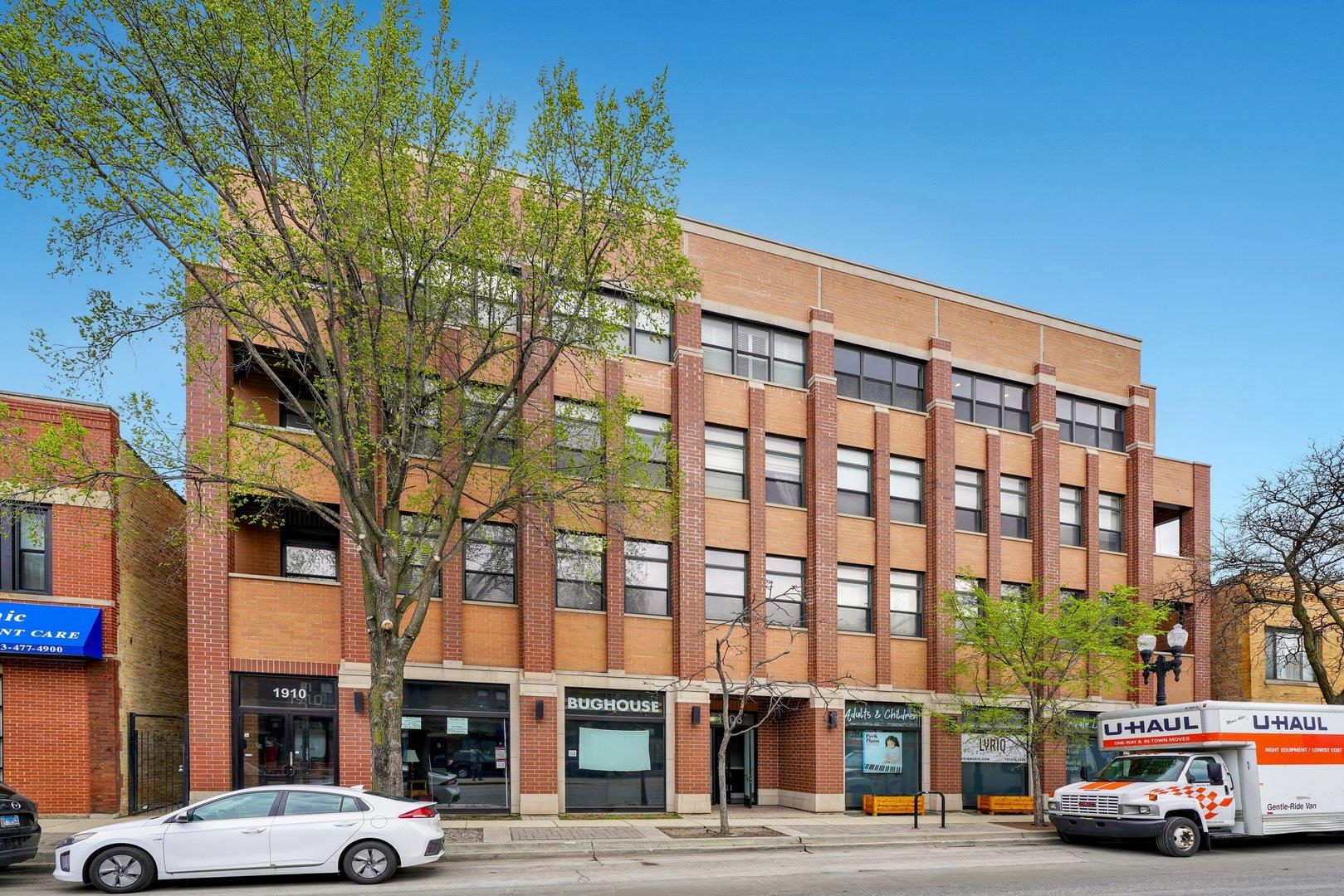 1908 W Irving Park Road #204, Chicago, IL 60613 - #: 11140099