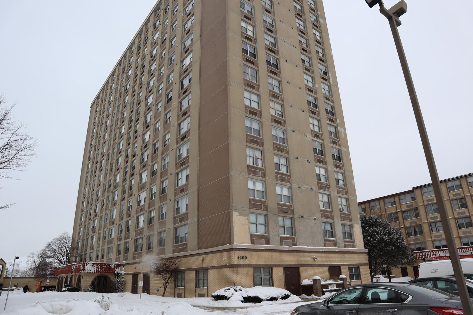 4300 W Ford City Drive #A1109, Chicago, IL 60652 - #: 11001103