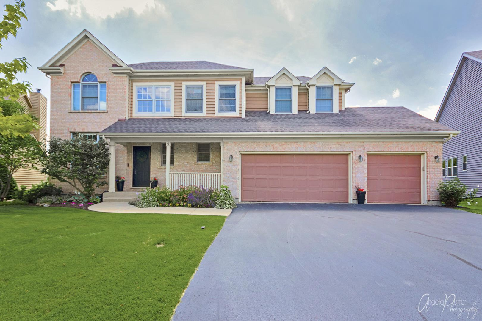 4 12 LAKES Court, Lake in the Hills, IL 60156 - #: 10795105