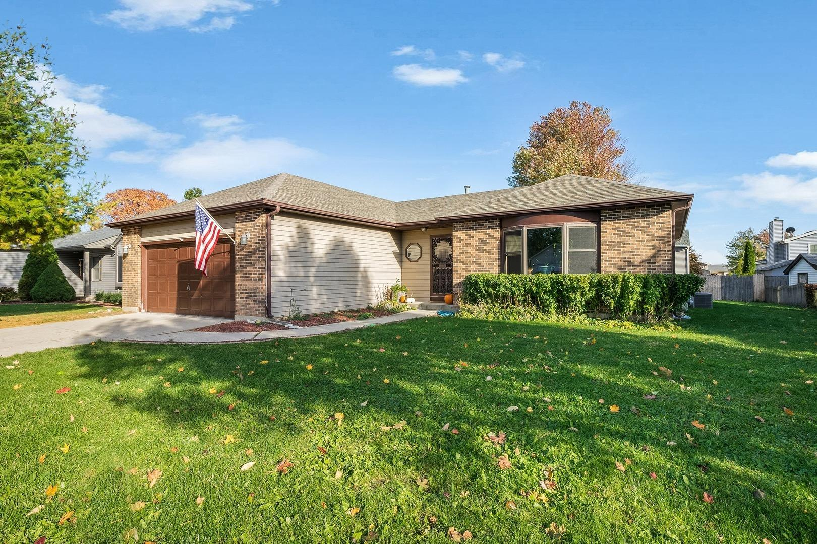 208 S Carriage Trail, McHenry, IL 60050 - #: 11087105