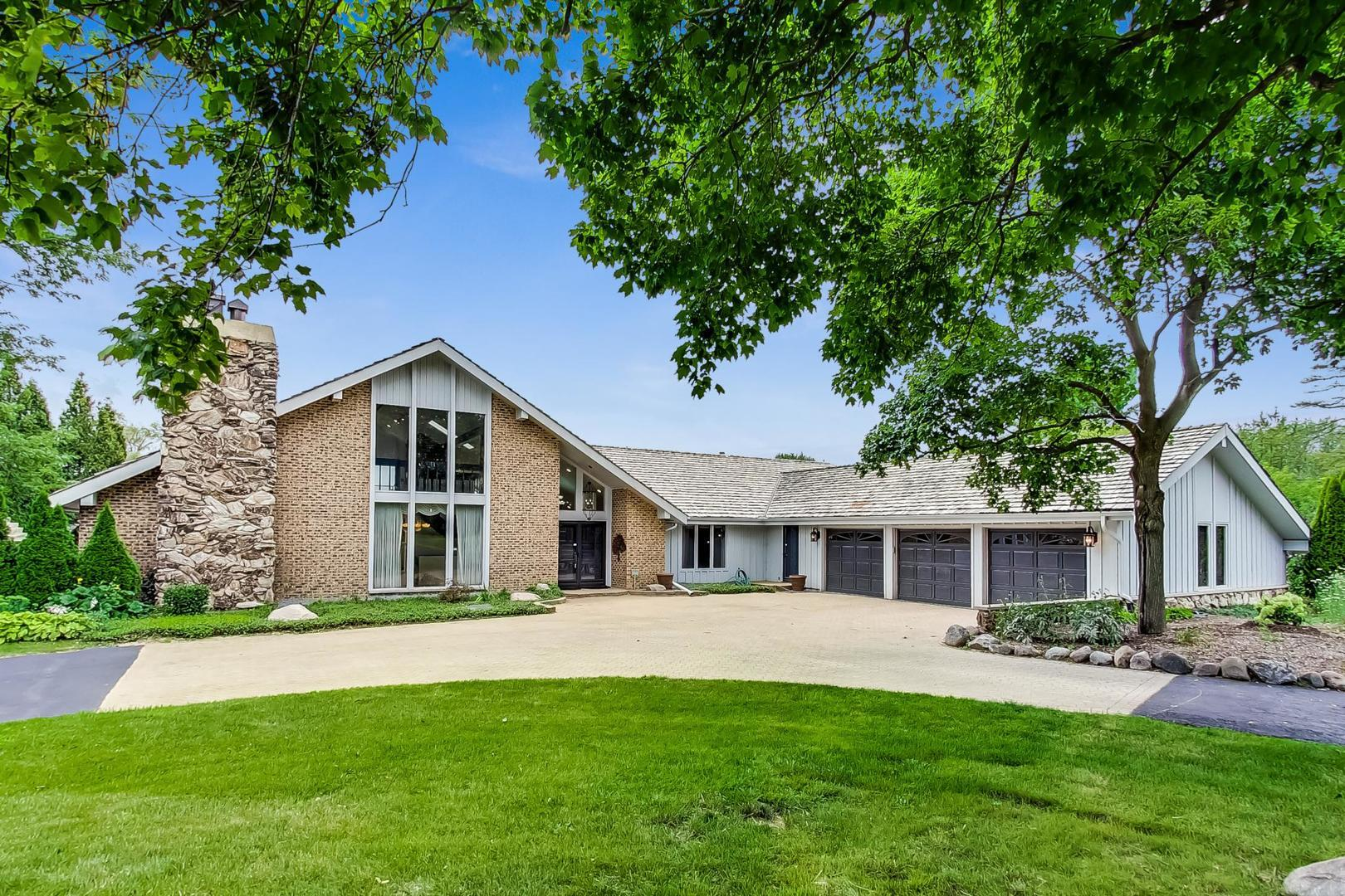 60 Witt Road, South Barrington, IL 60010 - #: 10855112