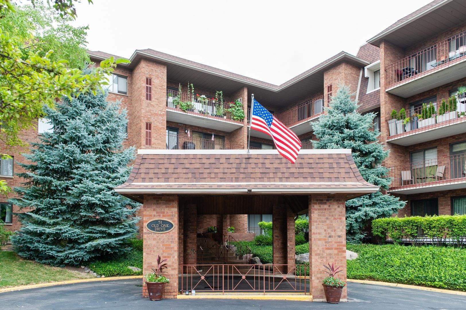 51 Old Oak Drive #108, Buffalo Grove, IL 60089 - #: 10786113