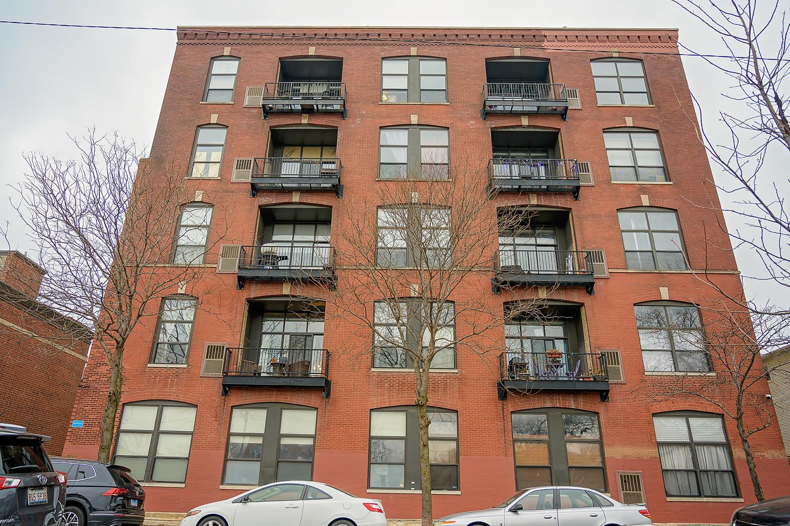1820 North Spaulding Avenue #204, Chicago, IL 60647 - #: 10591118