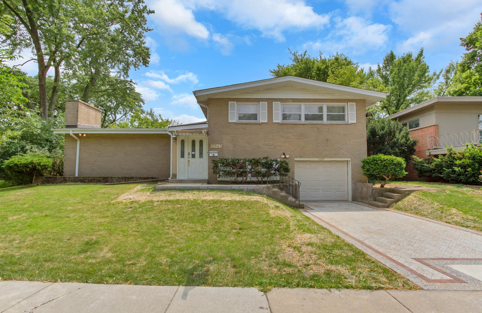 2847 Birchwood Avenue, Wilmette, IL 60091 - #: 11021118