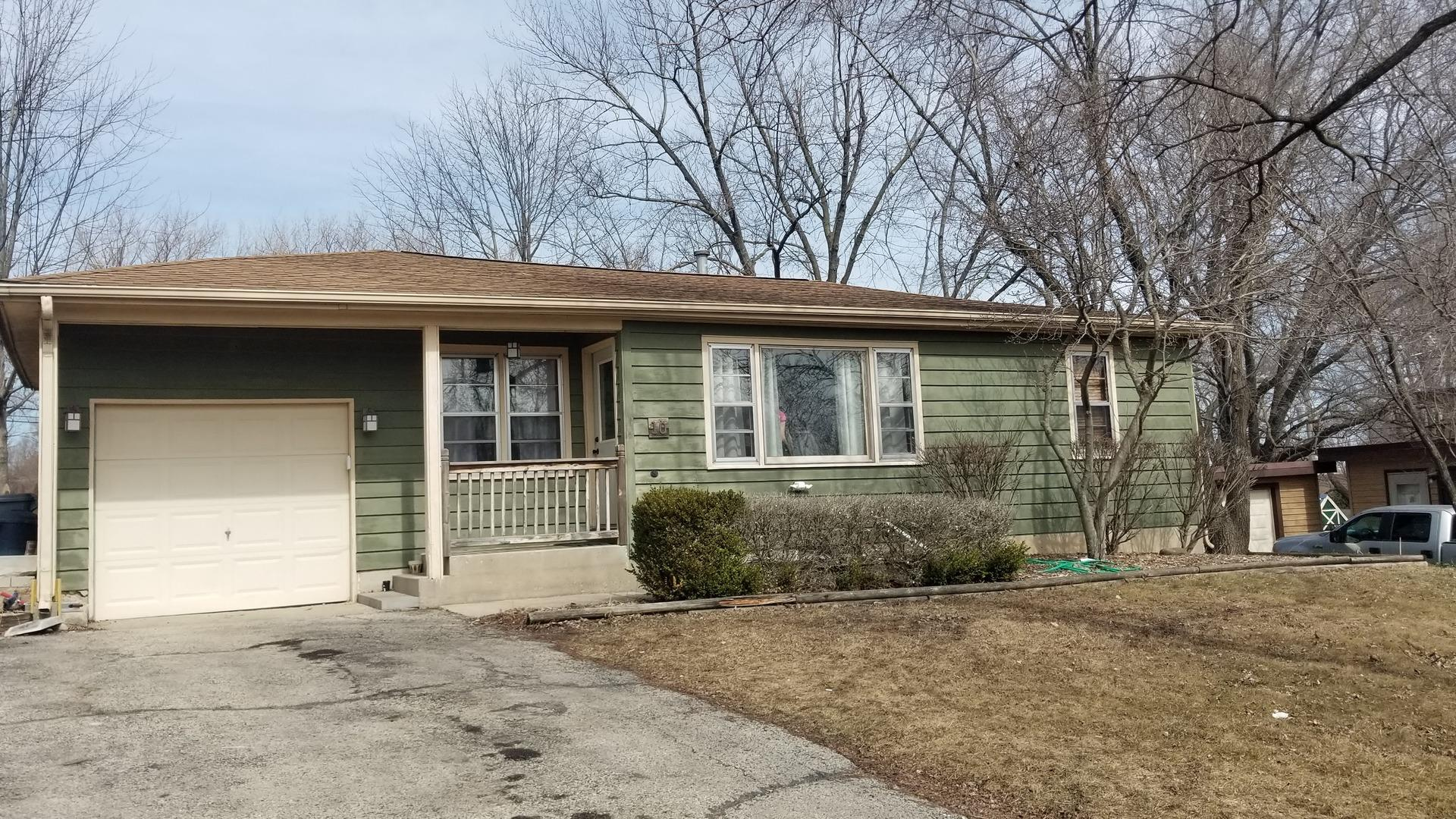 10 Pershing Avenue, Lake in the Hills, IL 60156 - #: 11018132