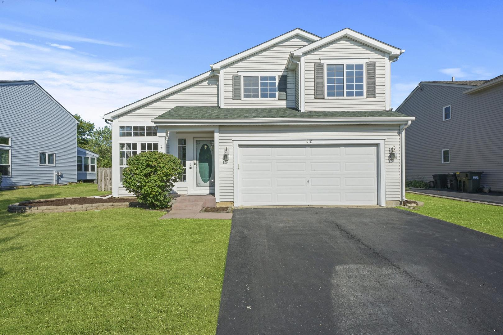910 PROVENCE Place, Lake in the Hills, IL 60156 - #: 10828136