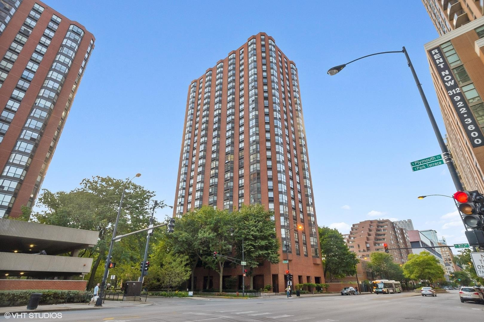 899 S Plymouth Court #2103-2104, Chicago, IL 60605 - #: 11082137