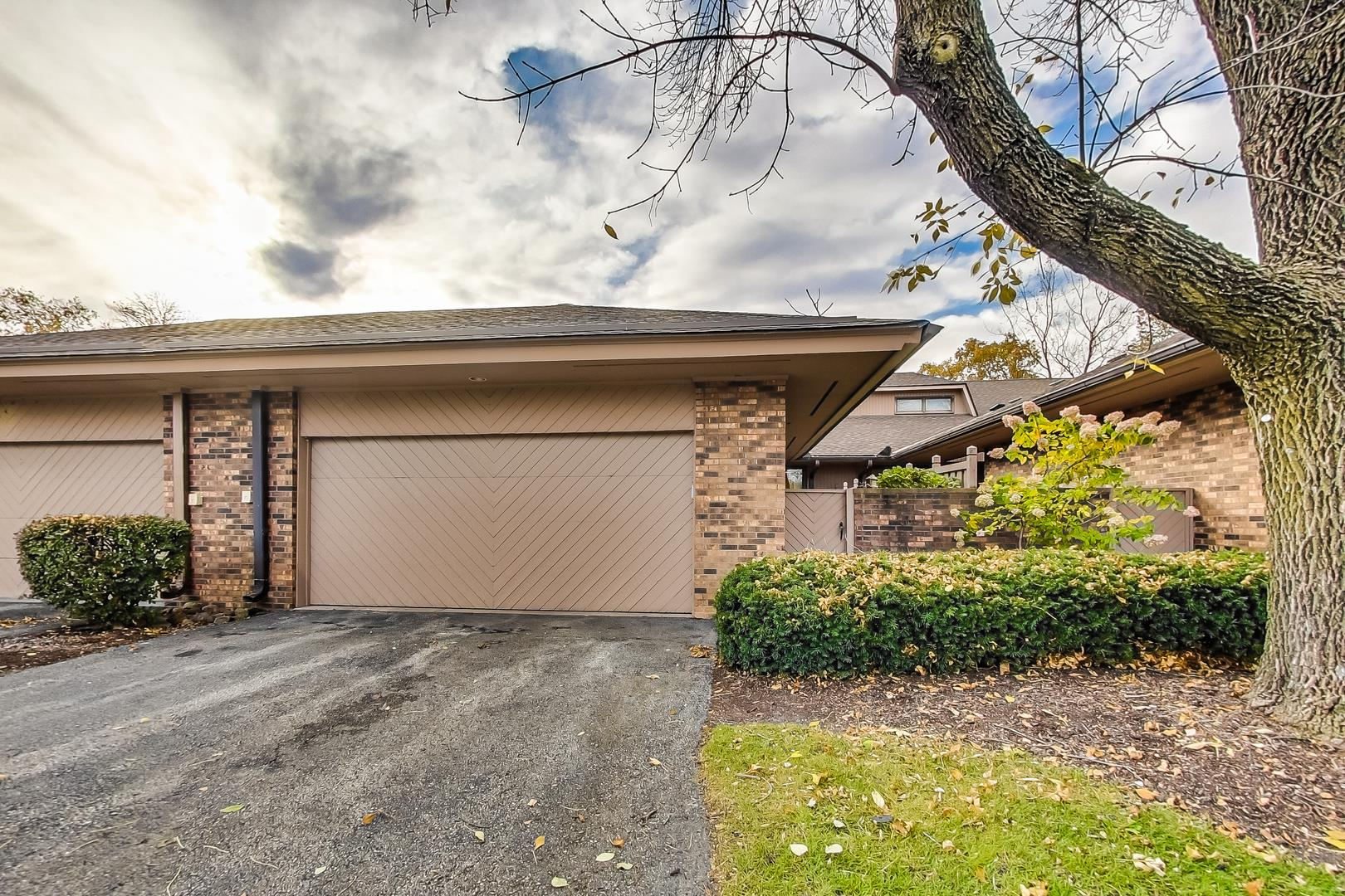 1216 Indian Trail Road #4C, Hinsdale, IL 60521 - #: 10561138